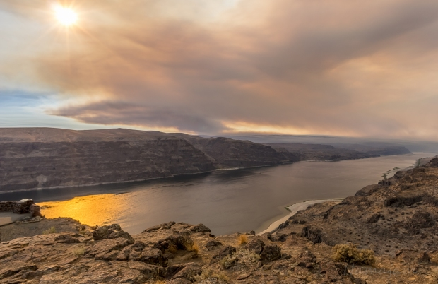 Columbia River Basin (Vantage) looking Northwest into the fire